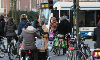 Source: http://www.anwb.nl/bestanden/w620/content/gallery/anwb/etalages-en-productheaders/belangenbehartiging/verkeersvriendelijkheid-940.jpg